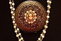 Fashion Jewelry! / by VintElegance