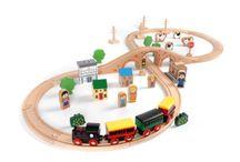 Houten treinbanen / Bouwen en rijden met mooie kwaliteit houten rails en treinen. Een spoorwegnet aanleggen en samen een reis maken.