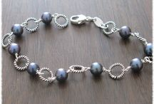 Pearl Days / Pearls make you think of days gone by, these pearls make you think of today
