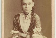 Women, Hairstyles, 1870s