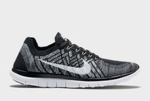 Nike Free 4.0 Flyknit Running shoes 717075-001 mens black 10.5 us