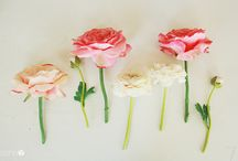 Floral Arrangements / by Debby Avery
