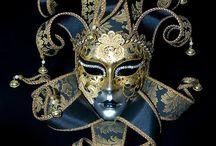 Maski weneckie i wachlarze