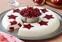 Christmas Food & Drinks / by Pat Moorehead