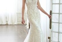 Gorgeous Wedding Dresses {not strapless} / by Lori Paladino