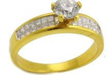 Engagement Rings / Diamond Engagement Rings from Men and Women.