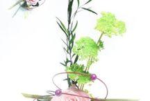 Composition  florale artisanale / Déco rose éternelle,  fleurs stabilisées ,perles, paillettes , rubans, baptême , mariage, communion, fête de fin d'année , noël, anniversaire , saint Valentin, fête de mères