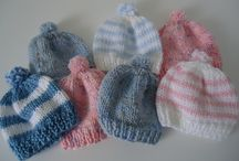 knitted neborn hats