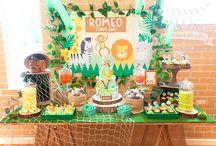 A&K Lolly Buffet {Jungle Safari 1st Birthday Dessert Buffet} / http://aandklollybuffet.com.au/jungle-safari-first-birthday-dessert-table/