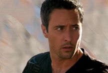 Alex O'loughlin - 3