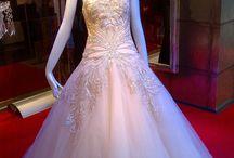 Brud kjoler
