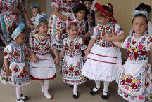 Magyar népművészet, folklór, népviselet