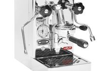 Lelit - Pro Line - Mara / A group that made the history of the Espresso, enabling to brew the best possible espresso at home as well as in the bars. In this machine, the most compact of its cate- gory, you get a technology refined in time, regulation possibilities and prestigious, heavy-duty materials. Elegance and quality for the barista in you!