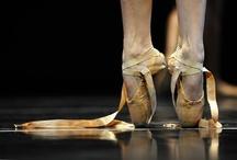 Ballerinas / by Holly Thompson