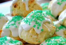 Christmas Cookies / All things Christmas Desserts and Christmas cookies for gifts and enjoying!