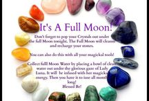 Full Moon Ritual / Inspiration to shift the energy during this big beautiful full moon.