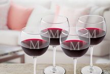 Elegant Personalized Wine Glasses Make the Wine Taste Soo... Good!