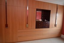 Bedford Gardens, London W8 / Bespoke dressing room, made from solid and veneered cedar of lebanon