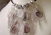 wire jewellery