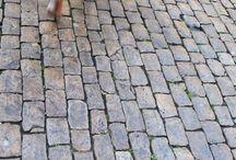 Cobble stone paving