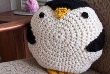 knitting/crocheting I wanna attempt / by Bethany Steichen