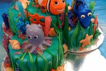Decorative Cakes / by Suzanne Gest