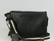 Replica hotsalehub Designer Handbags / by Rosie O'Donnell