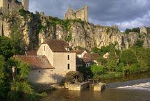 Angles sur l'anglin / Classé parmi les plus beaux villages de France