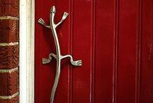 Abriendo puertas . . .