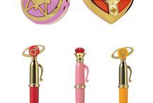 Sailor Moon Makeup Products / Pins of my favorite Sailor Moon Makeup Products! Sailor Moon was one of my favorite TV shows while growing up, and it's making a comeback! Check out my post on the Ultimate List of Sailor Moon Makeup Products on http://lipstickonapiggie.com! #sailormoon #sailormooncrystal #makeup #beauty #bblogger