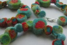 Accessories / felt and glass beads mixed with hand crochet flowers