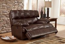 Signature Chairs - Signature Reclining Chairs / Signature reclining chairs at Signature Chairs. http://signaturechairs.com/recliner-chairs.htm