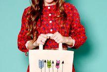 Women's Accessories / Handbags, Shoes, Purses, Wallets, Hats, Scarves