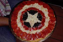 """Pizzas Artesanales""""EL CHE"""" / Pizzas Artesanales """"EL CHE"""" al mejor estilo Argentino, con masa fina, crujiente e ingredientes hasta el borde... productos de muy alta calidad, y selectas."""