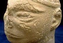 bustos de civilizaciones antiguas