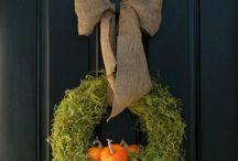 Holiday Decor / by Ellen Laubie