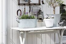 Shabby chic outdoors