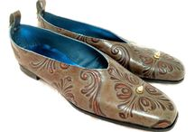 Ouest (West) / These shoes are made with tooled and embossed leather and metallic leather lining.