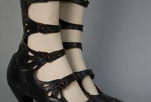 Shoes 1910