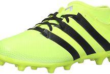 Top 10 Best Adidas Indoor Soccer Shoes in 2016