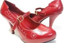 Shoes / by Brandee Jenks