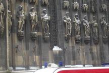 Thann, Alsace: Collegiale / Il più grande edificio gotico in Alsazia dopo la Cattedrale di Strasburgo, costruito al posto di nu vecchio edificio romanico di cui si conservò la dedica in  memoria di SANT'UBALDO DA GUBBIO