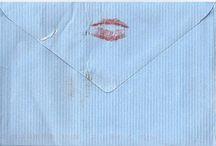 Kiss In Labial Label / lip print