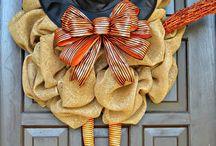 Wreaths / by Ashley Dryer