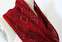 Scarf & Cowl Knitting Patterns / Beautiful scarves and cowls.