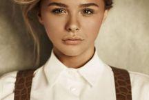 Chloe Moretz / Хлоя Грейс Морец. Дата рождения:10 февраля 1997 (18 лет); Место рождения:Атланта, Джорджия, США; Гражданство: США; Профессия:актриса; Карьера:2004 — наст. время.