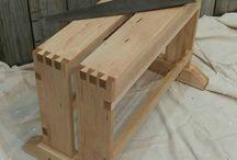 saw bench