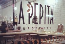 VIGO / La Pepita Burger Bar en #Vigo c/ Oporto, 15   36201 Vigo Teléfono +34 986 118 156 #restaurante #burger