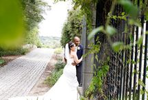 Country Side weddings in the Algarve Portugal at Os Agostos / People always think about weddings near the beach when they think about the Algarve. However the Algarve offers many beautiful countryside locations and Os Agostos is one of our favorites. Check out these beautiful wedding photos of Bride & Grooms that married in Os Agostos and their vintage themed wedding decoration.