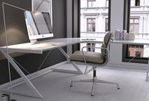 Gabinet w salonie / Często domowy gabinet z konieczności aranżowany jest w salonie. Oto kilka modeli biurek, które pozwolą urządzić estetyczne miejsce do pracy w pokoju dziennym.